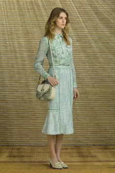 See the complete Tory Burch Resort 2014 collection.
