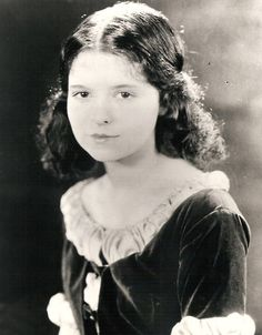 """Beautiful, young Clara Bow (16, I think) in """"Down to the Sea in Ships."""" Here you can see that she really did have natural Cupid's Bow lips (she didn't just paint them that way)."""