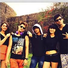 don't disturb we r the fab 5 kaisi yeh yaariyan mtv :P <3