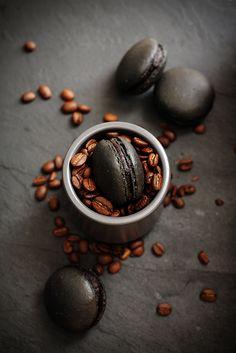 Coffee and Macarons°°