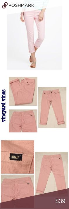 """🐳 Vineyard Vines Nantucket Ankle Jeans Size 6🐳 Vineyard Vines Nantucket Colored Ankle Jeans Light Pink Size 6  98% cotton 2% spandex   No stains or holes   Waist flat 15.5""""  Rise 8.5"""" Inseam 22.5"""" rolled (as in photos) and 26.5"""" unrolled (not pictured) Vineyard Vines Jeans Ankle & Cropped"""