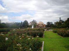 Exposition_Park_Rose_Garden,_Los_Angeles