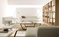 Gran salón de Casa Delucchi. Sofás amplios, cómodos y de colores claros para dar sensación de amplitud a tus espacios.