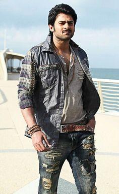 South Movie Superhero Superstar Prabhas Images photo pics for whatsapp Travis Fimmel, Darling Movie, Prabhas Actor, Prabhas And Anushka, Indian Male Model, Allu Arjun Images, Prabhas Pics, Galaxy Pictures, Indian Star