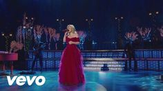 Kelly Clarkson - Silent Night ft. Trisha Yearwood, Reba McEntire