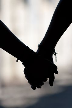 hand in hand photography