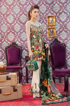 Qalamkar Luxury Winter Dresses will take you to the next level in style because of beautiful embroidered patterns and design that can be worn for any special occasion. Pakistani Party Wear Dresses, Simple Pakistani Dresses, Designer Party Wear Dresses, Kurti Designs Party Wear, Pakistani Dress Design, Indian Designer Outfits, Pakistani Outfits, Stylish Dresses, Simple Dresses