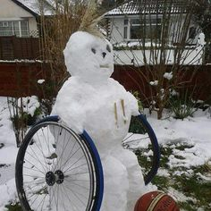 Gimpie The Snowman. It's so awful that I laughed so hard at this!