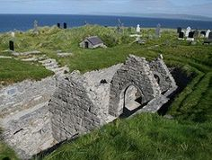 Day trip by ferry from Doolin to Inis Oirr, Inisheer, Aran Islands, Ireland