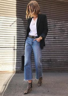 spring fashion, easy every day style, leopard booties, denim look, blazer with white tee and denim. Mode Outfits, Jean Outfits, Winter Outfits, Casual Outfits, Fashion Outfits, Jeans Fashion, Blazer Outfits Fall, Style Fashion, Fashion Trends