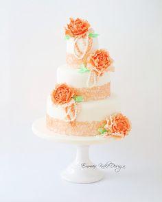 Emmas KakeDesign: Vintage wedding cake with lace and closed peonies! www.emmaskakedesign.blogspot.com Diy Step By Step, Fondant Rose, Cake Tutorial, Peonies, Wedding Cakes, Tutorials, Lace, Desserts, Flowers