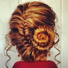What a beautiful spiraled braid!