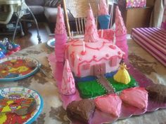 Hannah's 4 year cake