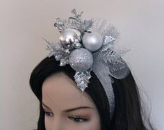 Check out our holiday fascinator selection for the very best in unique or custom, handmade pieces from our shops. Diy Christmas Hats, Christmas Tinsel, Christmas Hair, Silver Christmas, Handmade Headbands, Diy Headband, Fascinator, New Year's Eve Hats, Christmas Headpiece