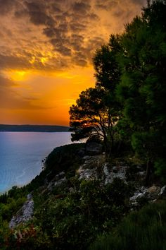 Colors of the Sunset by Rolando Felizola on 500px