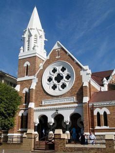 Germiston - South Africa Church Building, Green Building, Church Architecture, Pretoria, Place Of Worship, Old Buildings, Kirchen, Countries Of The World, Dom