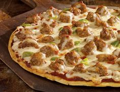 Need a warm meal for a chilly fall night? Try this easy sausage pizza. It's sure to be a family favorite. www.hpj.com/homecookin