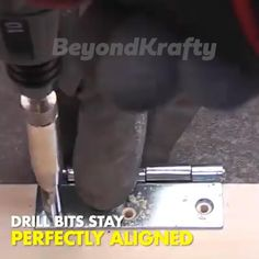 Diy Home Repair, Garage Tools, Golf Humor, Cool Inventions, Tools And Equipment, Diy Tools, Woodworking Tips, Drill, Cool Things To Buy