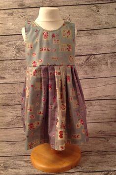 Fat quarter dress.pattern is the Savannah from peekaboo pattern shop.