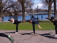 Työhyvinvoinnin edistämistä Töölönlahdella. Vaaka onnistuu myös myyjiltä.