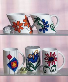 Pictura pe sticla si portelan - model 8 Mugs, Blog, Tableware, Model, Dinnerware, Tumblers, Dishes, Scale Model, Mug