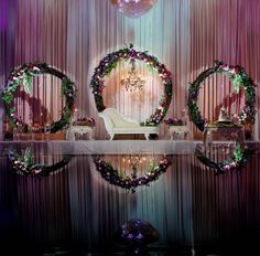 Beautiful circle backdrop for wedding. Backdrop Decorations, Indian Wedding Decorations, Backdrops, Telugu Brides, Telugu Wedding, Wedding Reception Backdrop, South Indian Bride, Most Beautiful Pictures, Small Bedrooms