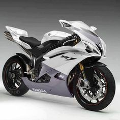 Looks like a BMW mixed with an R1 and R6 pretty sexy 2014 R1?