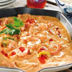 Räkor i het sås. Chicken Pasta Recipes, Seafood Recipes, Vegetarian Recipes, Dinner Recipes, Healthy Recipes, Halloumi, Love Food, Food Porn, Food And Drink