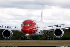 Norwegian Air Shuttle EI-LNB Boeing 787-8 Dreamliner aircraft picture