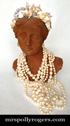 Click here to DIY & antique a Thrift Store resin bust.  Use in decor, table top, display, or as a gift.  Blog, video & photos from MrsPollyRogers.com