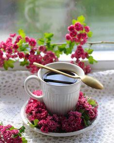 Coffee Aroma, Spiced Coffee, Good Morning Coffee, Coffee Break, Gd Morning, Coffee Flower, Pause Café, Ramadan Recipes, Ramadan Food