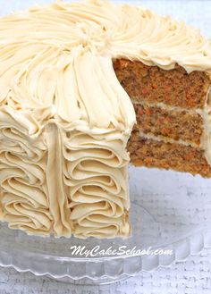 Carrot Cake - Doctored Mix Recipe by MyCakeSchool.com Carrot Recipes, Easy Recipes, Carrot Cake Recipe Box Mix, Spice Cake Mix Recipes, Carrot Spice Cake, Dessert Recipes, Cupcake Recipes, Cupcake Cakes, Cupcakes