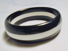 "Vintage Bracelet Black White Lucite Wide Striped  2.5"" Opening #Unbranded #BangleBraceletWideStripedBlackWhite"