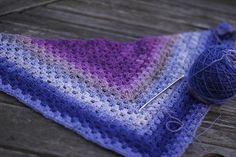 Half-granny square shawl, free pattern - nice colors   . . .  ღTrish W ~ http://www.pinterest.com/trishw/  . . . #crochet #purple