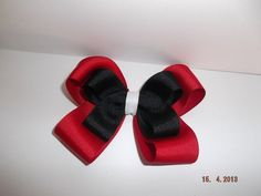 Georgia Bulldogs Bow by CJGDesigns0912 on Etsy