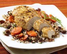 Aveti chef de ceva bun? Incercati puiul cu usturoi, lamaie si stafide, este foarte delicios si se face usor.