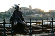The Danube Promenade - We Love Budapest