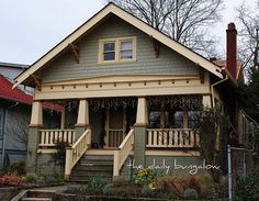 Craftsman Exterior Colors Craftsman Style House Colors Memorable Best Exterior Ideas On Home Design Craftsman Bungalow Exterior Color Schemes Craftsman Bungalow Exterior, Bungalow Homes, Craftsman Style Homes, House Paint Exterior, Craftsman Bungalows, Craftsman Houses, Colonial Exterior, Exterior Homes, Craftsman Kitchen