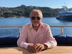 Ivana Gottová neprchla do zahraničí? Gott Karel, Rest In Peace, Las Vegas, Pilot, Aviation, Mens Sunglasses, Celebrities, Art, Art Background