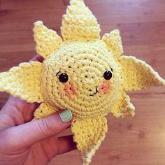 Free summer sun softie crochet pattern!
