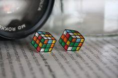 Les Rubik's Cube en Plastique Fou : Boucles d'oreille par patachna