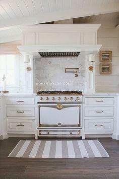 Doran Taylor Inc., Established in is an Interior Design & Home Design firm.located in Salt Lake City, Utah. Little Kitchen, New Kitchen, Kitchen Decor, Kitchen Ideas, Kitchen Inspiration, Brass Kitchen, Kitchen Hoods, Family Kitchen, Rustic Kitchen