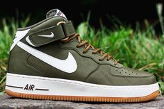 NIKE AIR FORCE 1 MID (MEDIUM OLIVE) | Sneaker Freaker