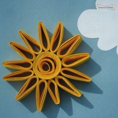 Sol fet amb paper cargolat. Paper Quilling Cards, Paper Quilling Jewelry, Quilling Craft, Paper Crafts Origami, Quilling Patterns, Quilling Designs, Summer Crafts, Crafts For Kids, Arts And Crafts