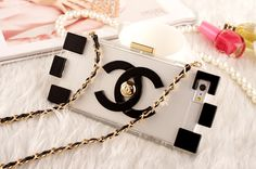 Iphone 6 4.7 Iphone6 Plus 5.5 Chanel Lego Clutch Case with Gold Chain- Champagne/Black/Silver http://www.oz3ds.com/product.php?id_product=423