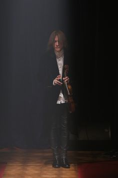 SUGIZO at BENNU's fashion show.