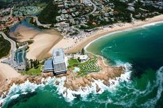 bird eye view of Plettenberg Bay, south africa New Africa, Out Of Africa, South Africa, African Countries, Countries Of The World, Beaches In The World, Places Around The World, Most Beautiful Beaches, Beautiful Places