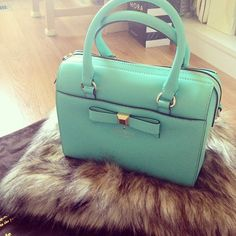 """♥♡♥♡♥Thanks, Pinterest Pinners, for stopping by, viewing, re-pinning,  following my boards.  Have a beautiful day! ^..^ and """"Feel free to share on Pinterest ^..^ #streetfashion   #fashionupdates #purses"""