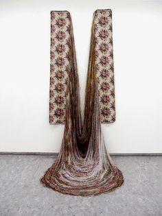 Aiko Tezuka | Unweavable Object | Deconstructed warp thread, ready-made fabric | 185(h)x80(w)x80(d)cm (installation), 155×400cm (fabric), 2004