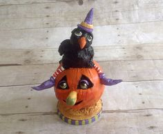 Swee Halloween Crow on Frog: Handmade by christalynnlawrence